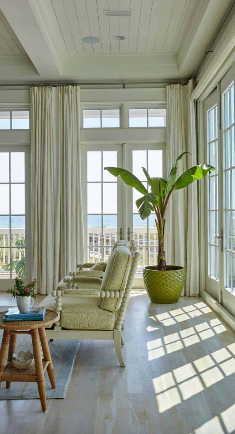beach-beach-style-living-room