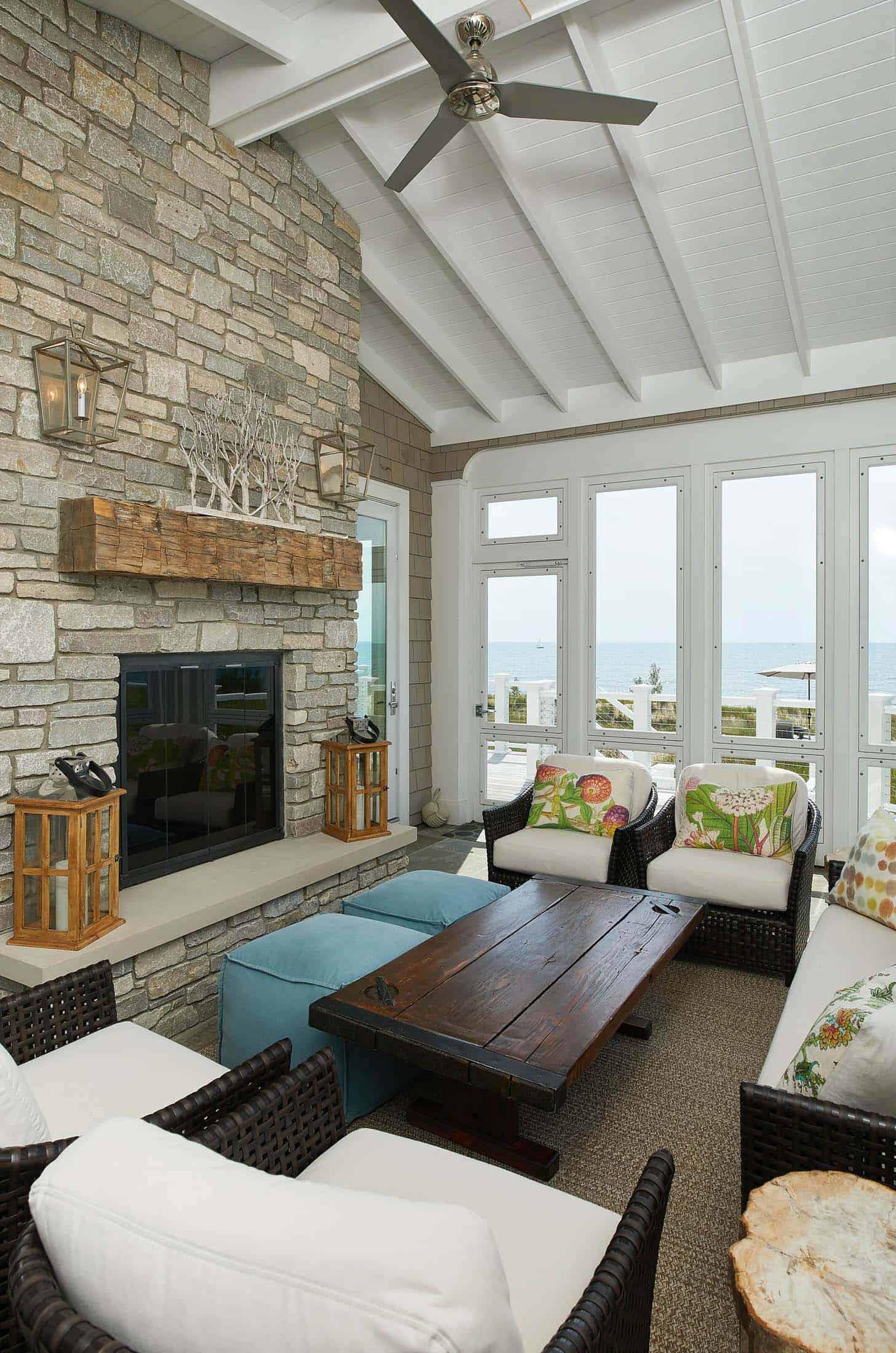 beach-style-three-season-porch