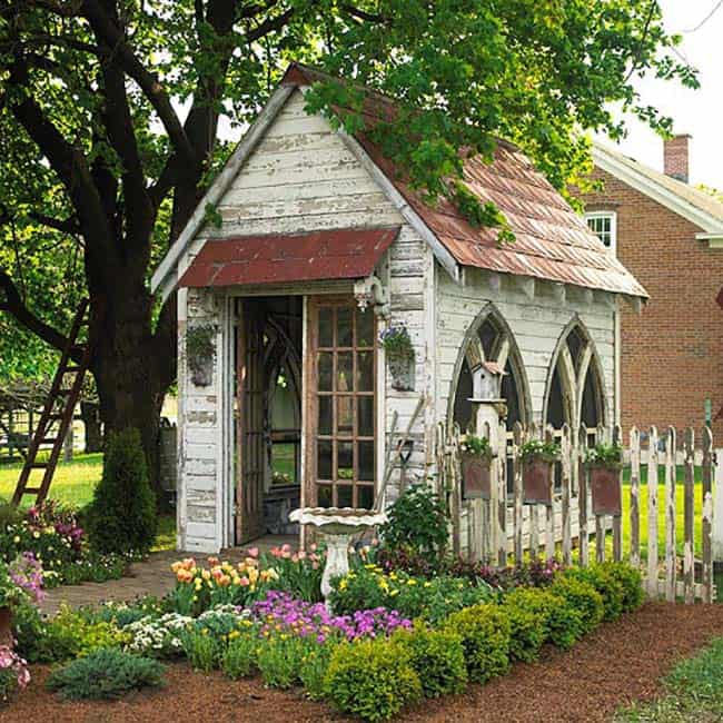 charming-garden-potting-shed