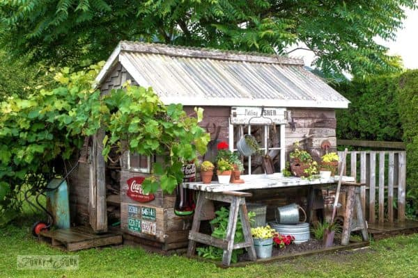 featured posts image for 30 Absolutely Enchanting Garden Shed Hideaways