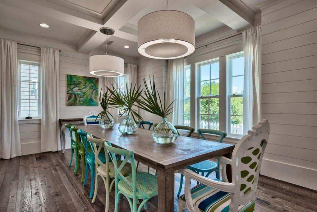 beach-home-dining-room