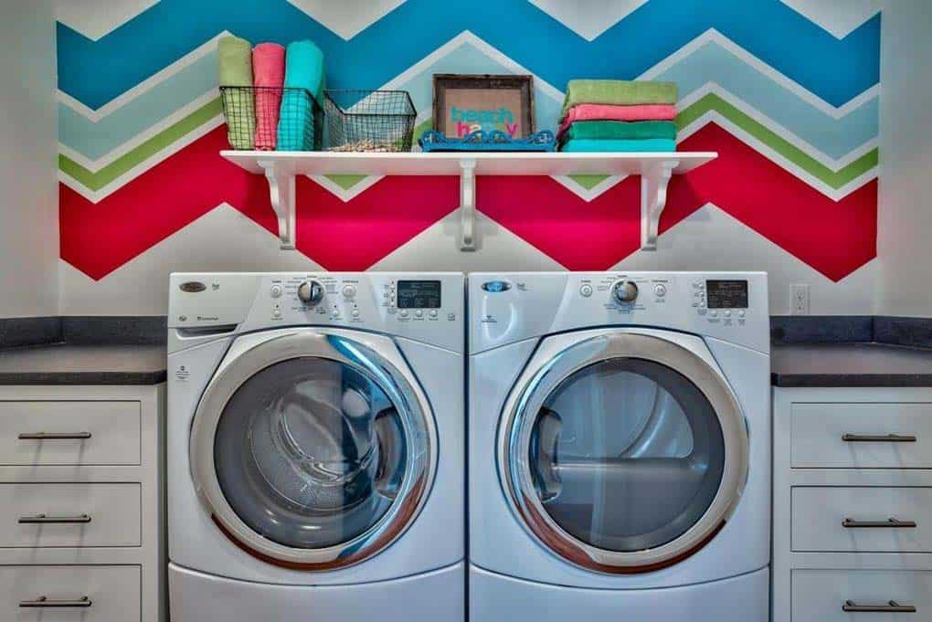 beach-home-laundry-room