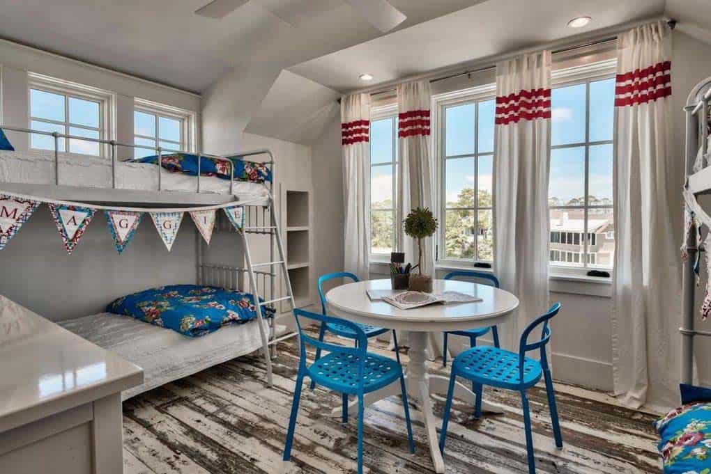 beach-home-kids-bunk-bedroom