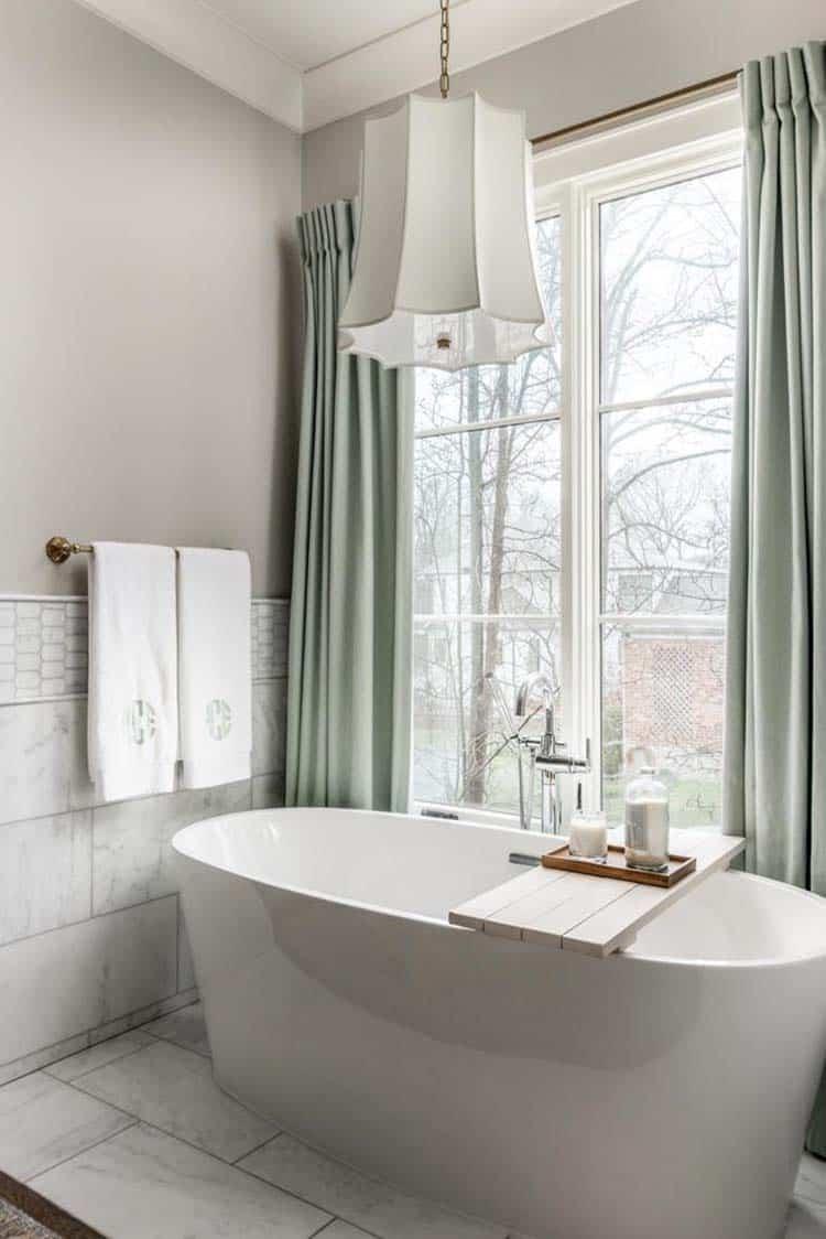 contemporary-home-master-bathroom-tub