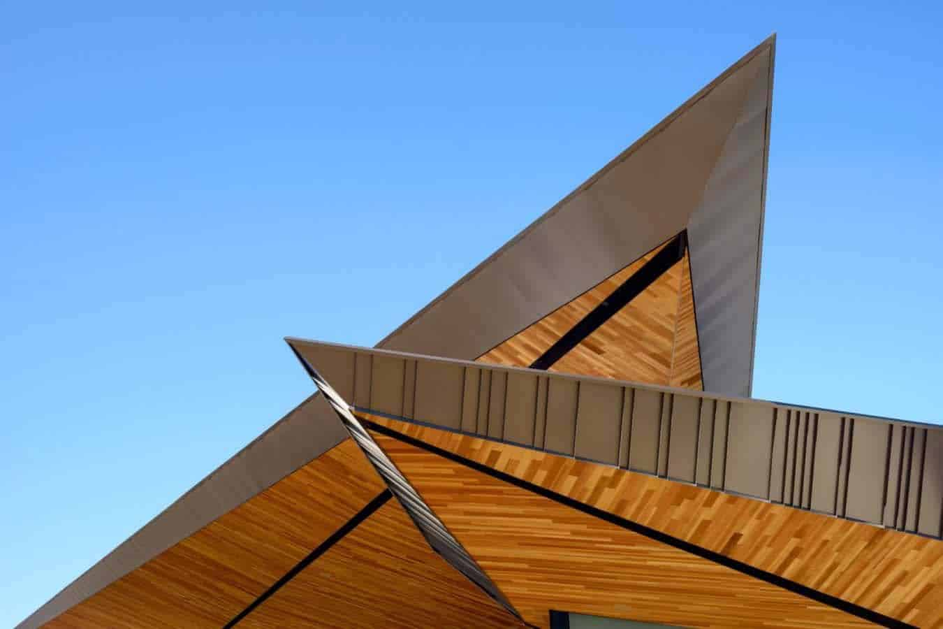 desert-modern-home-roof-detail