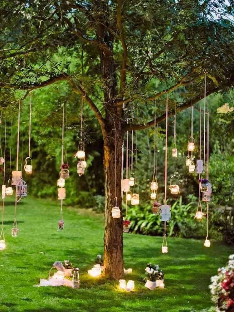 summer-garden-party-idea-hanging-lanterns