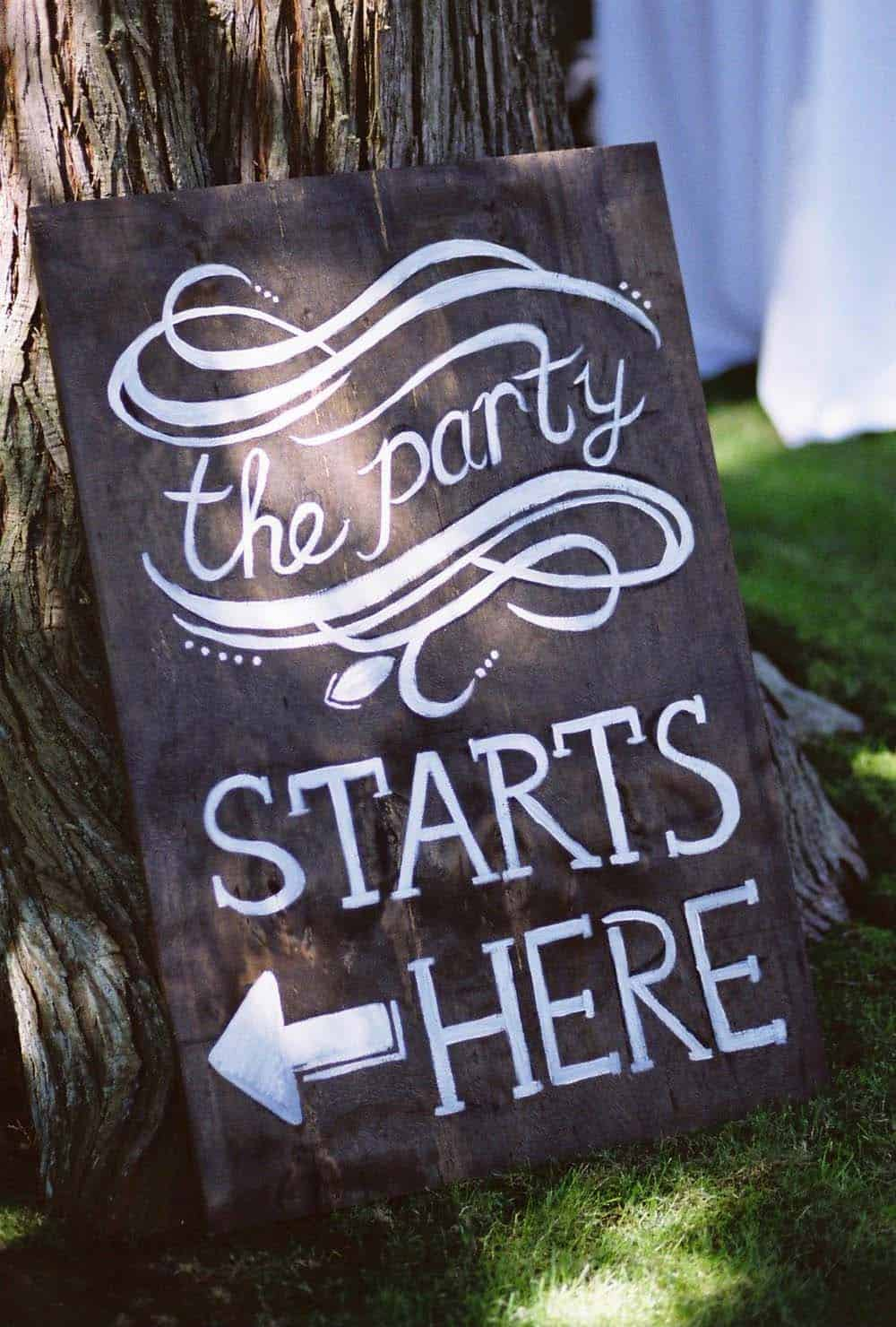 summer-garden-party-idea-sign