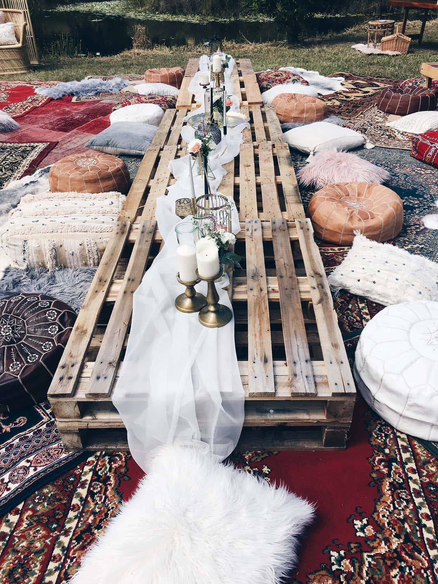 summer-garden-party-idea-palette-table-bohemian