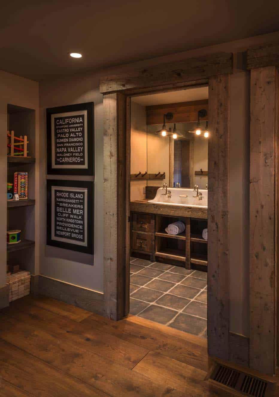 farmhouse-style-rustic-bathroom
