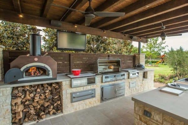 featured posts image for 15+ Farmhouse Style Outdoor Kitchens That Will Blow Your Mind