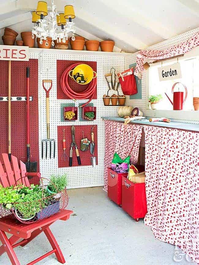 inspiring-potting-shed-storage-idea