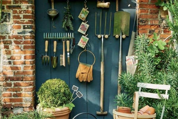 featured posts image for 30+ Brilliant And Inspiring Storage Ideas For Your Potting Shed