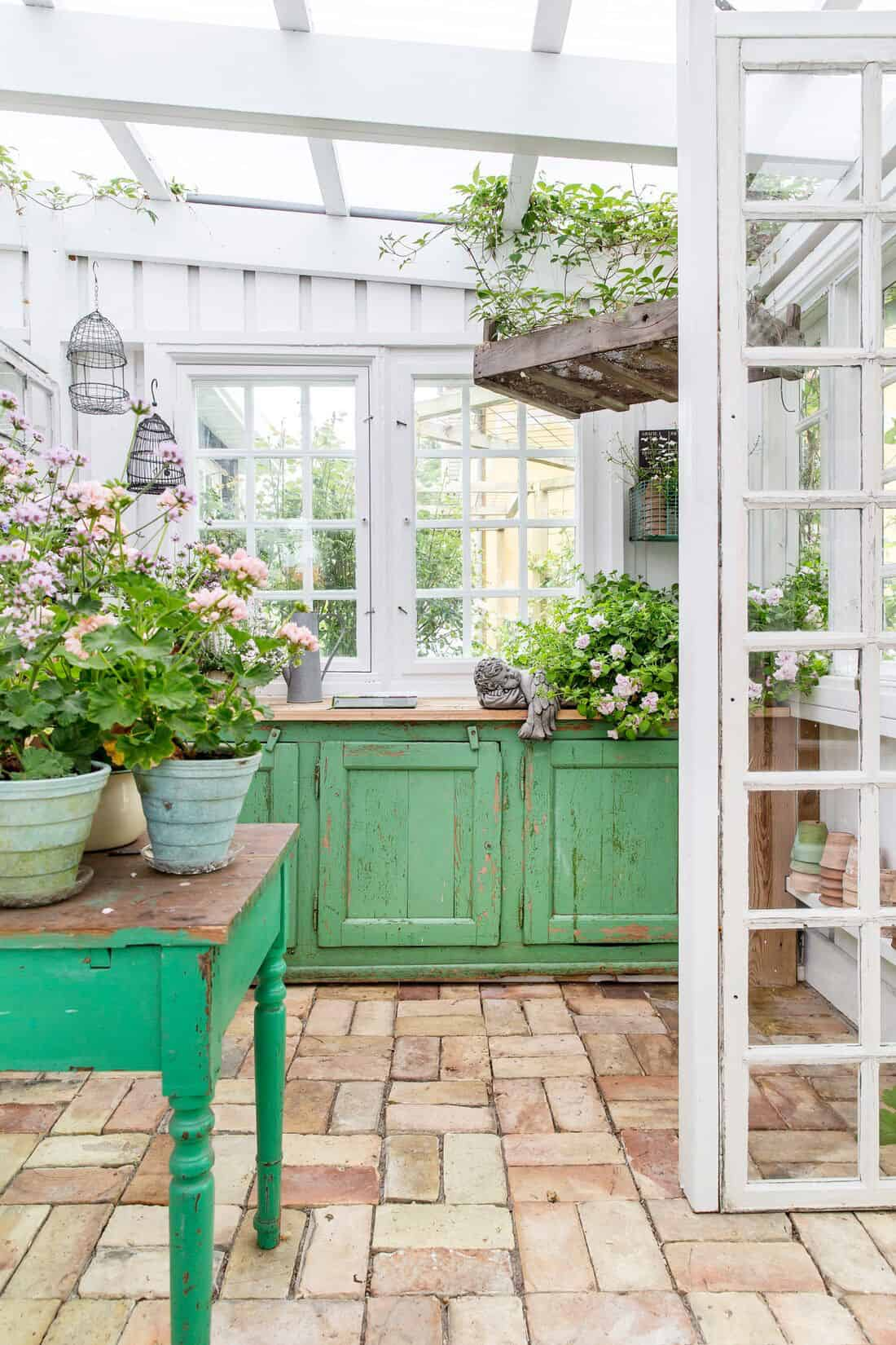potting-shed-with-green-cabinets