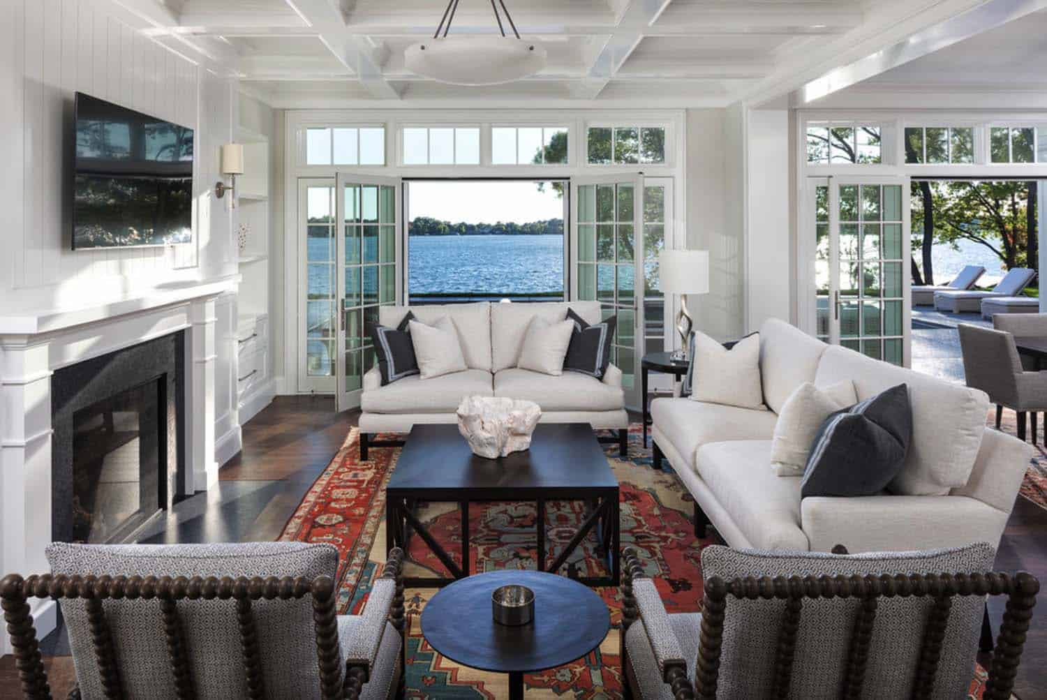 beach-house-traditional-living-room
