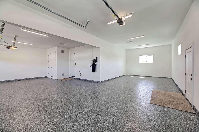 modern-farmhouse-garage