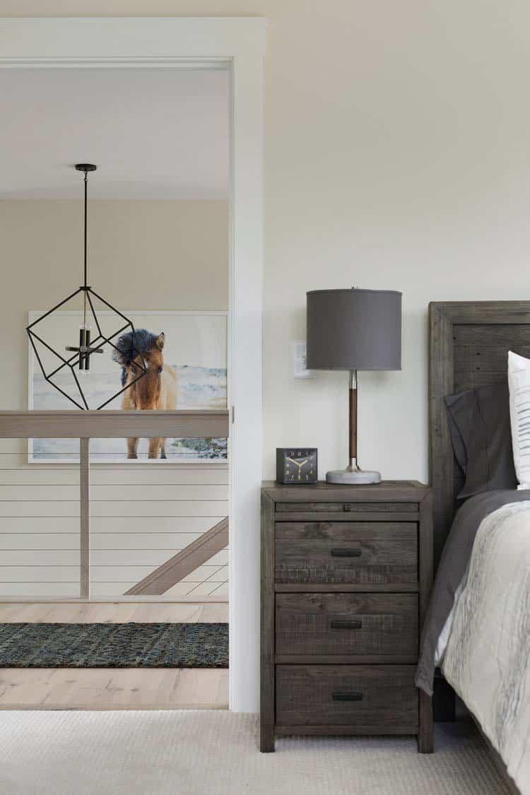 modern-farmhouse-bedroom