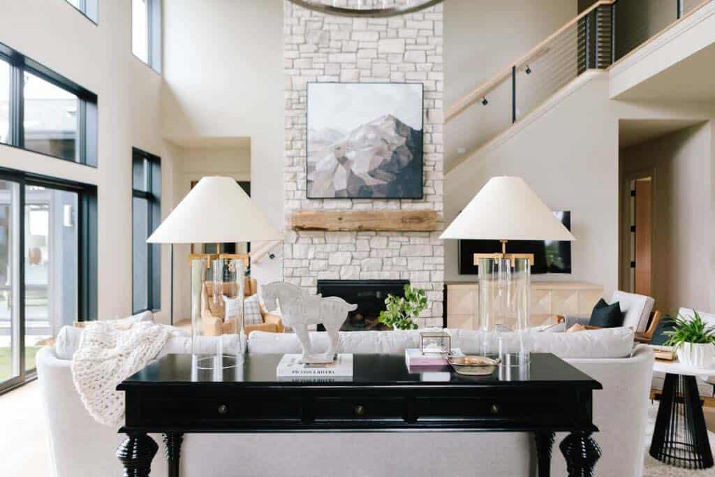mountain-inspired-modern-family-room