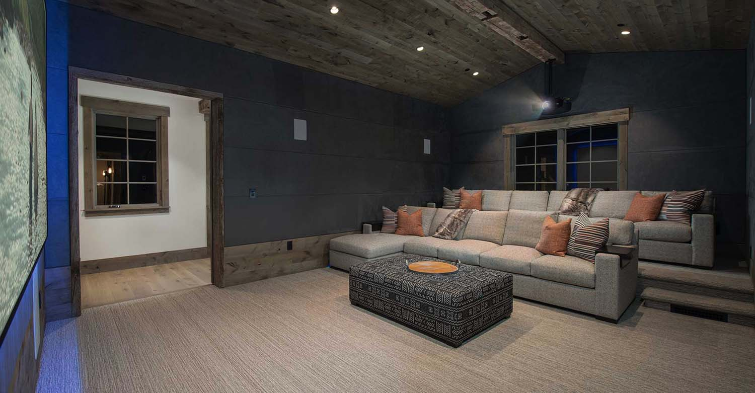 mountain-modern-home-theater