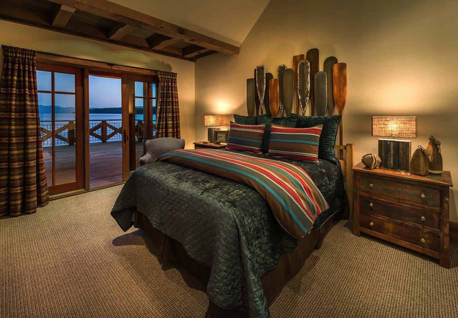 lake-house-rustic-bedroom