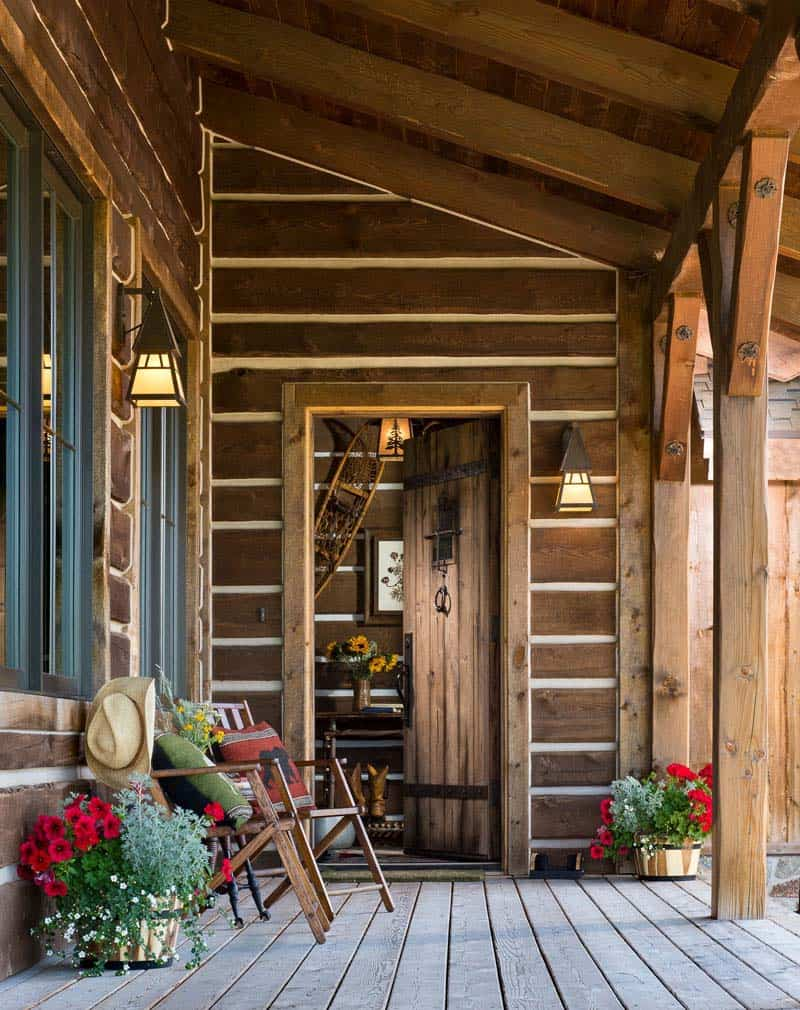 rustic-timber-frame-home-entry