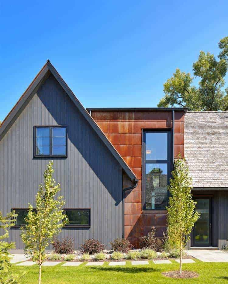 Three Homes With A Contemporary Twist On Rustic Design: A Modern Twist On A Traditional Saltbox Design On Lake