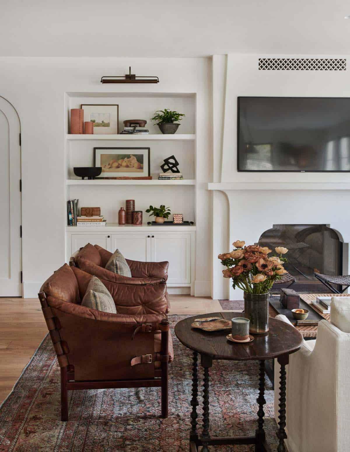 spanish-revival-living-room