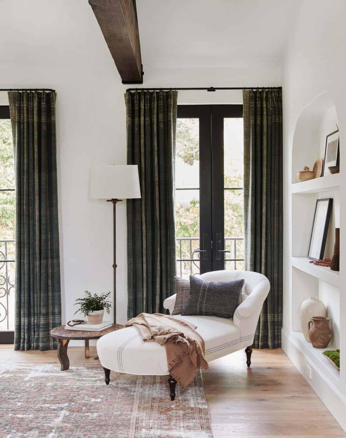 spanish-revival-bedroom