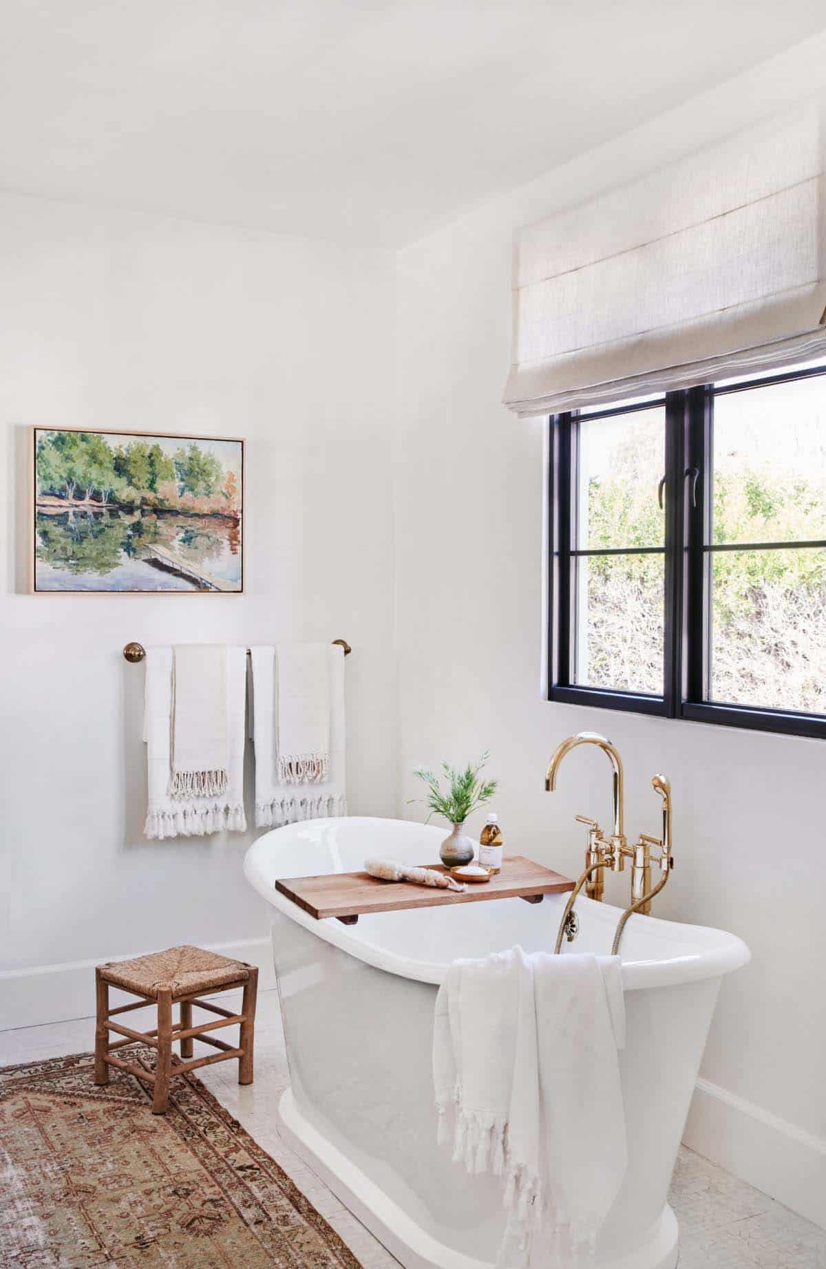 spanish-revival-bathroom-tub