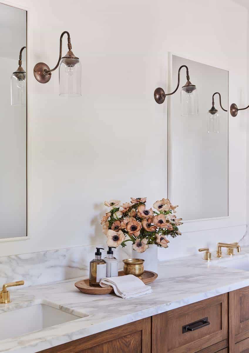 spanish-revival-bathroom