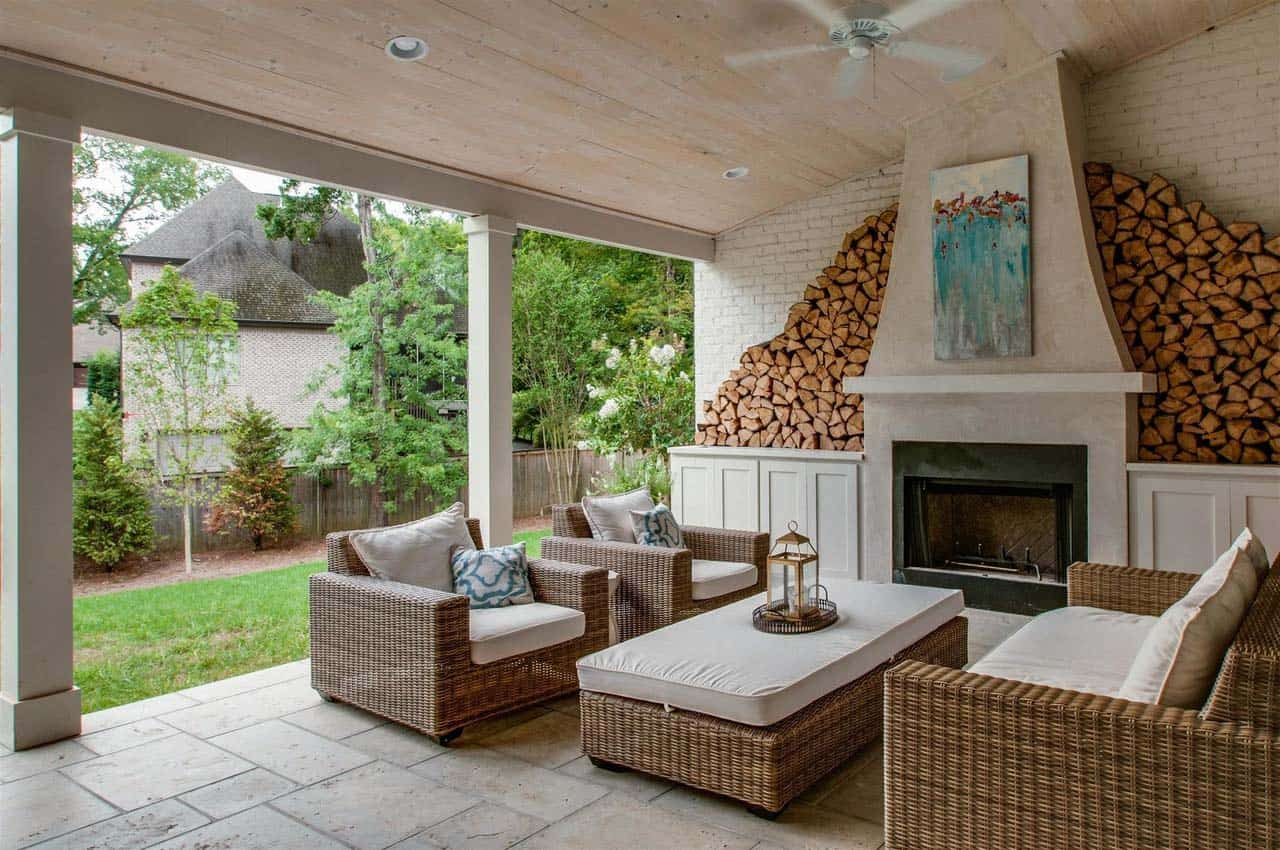 transitional-home-outdoor-covered-patio