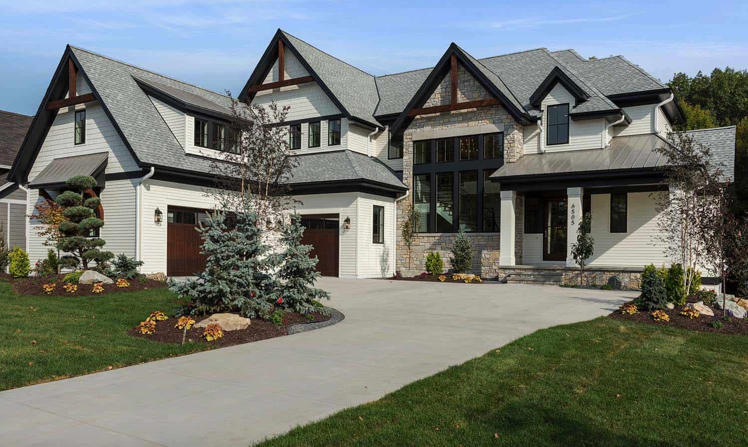 transitional-lake-house-exterior