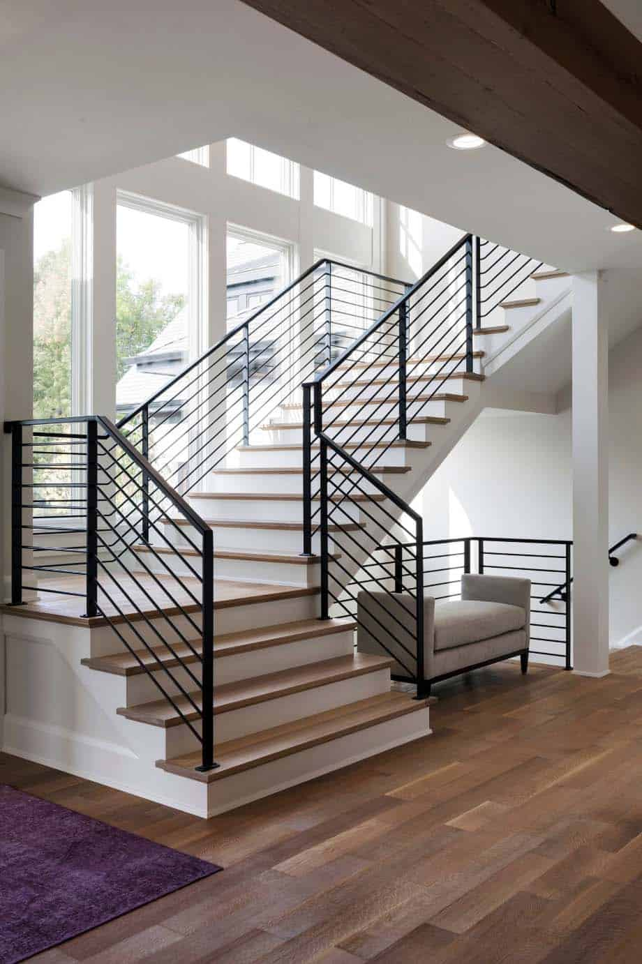 transitional-lake-house-staircase