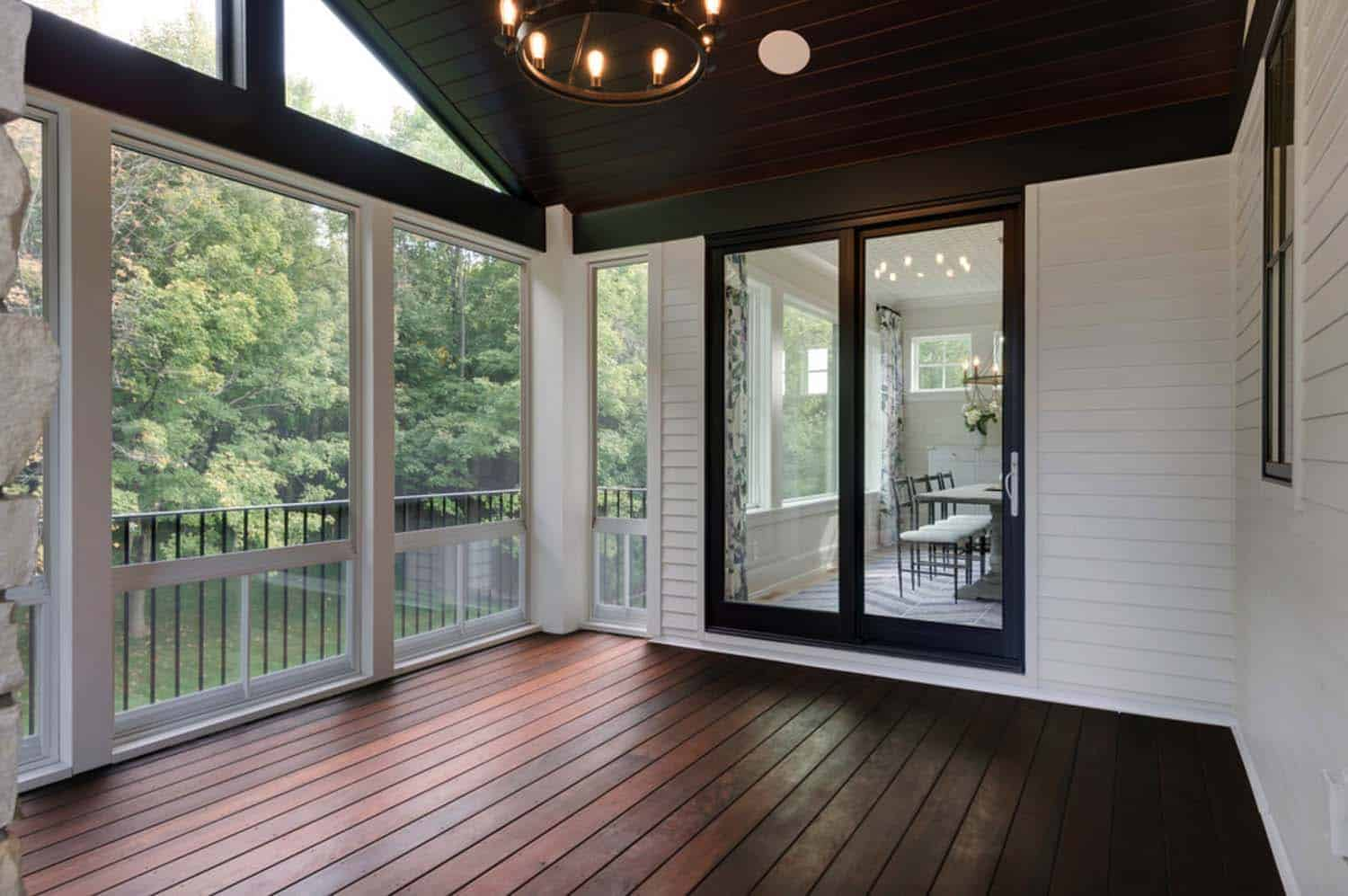 transitional-home-porch