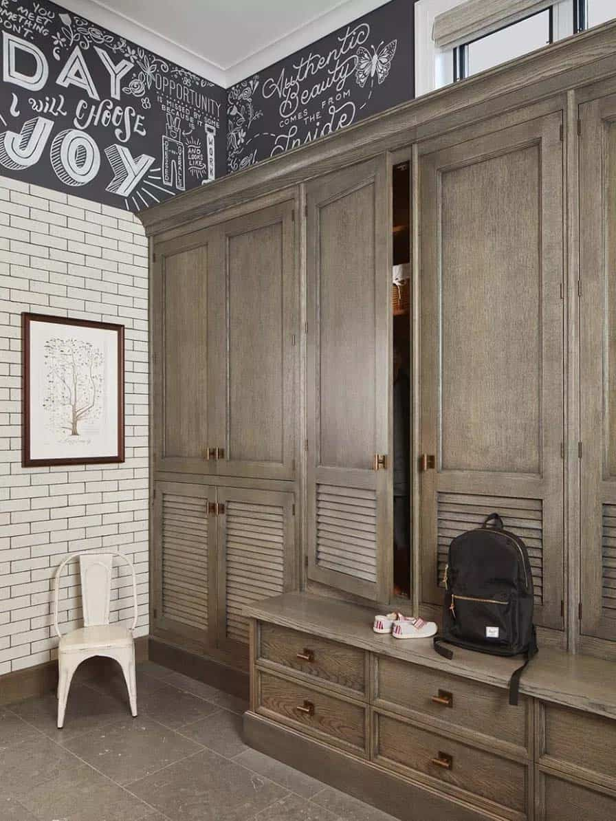 transitional-traditional-entry