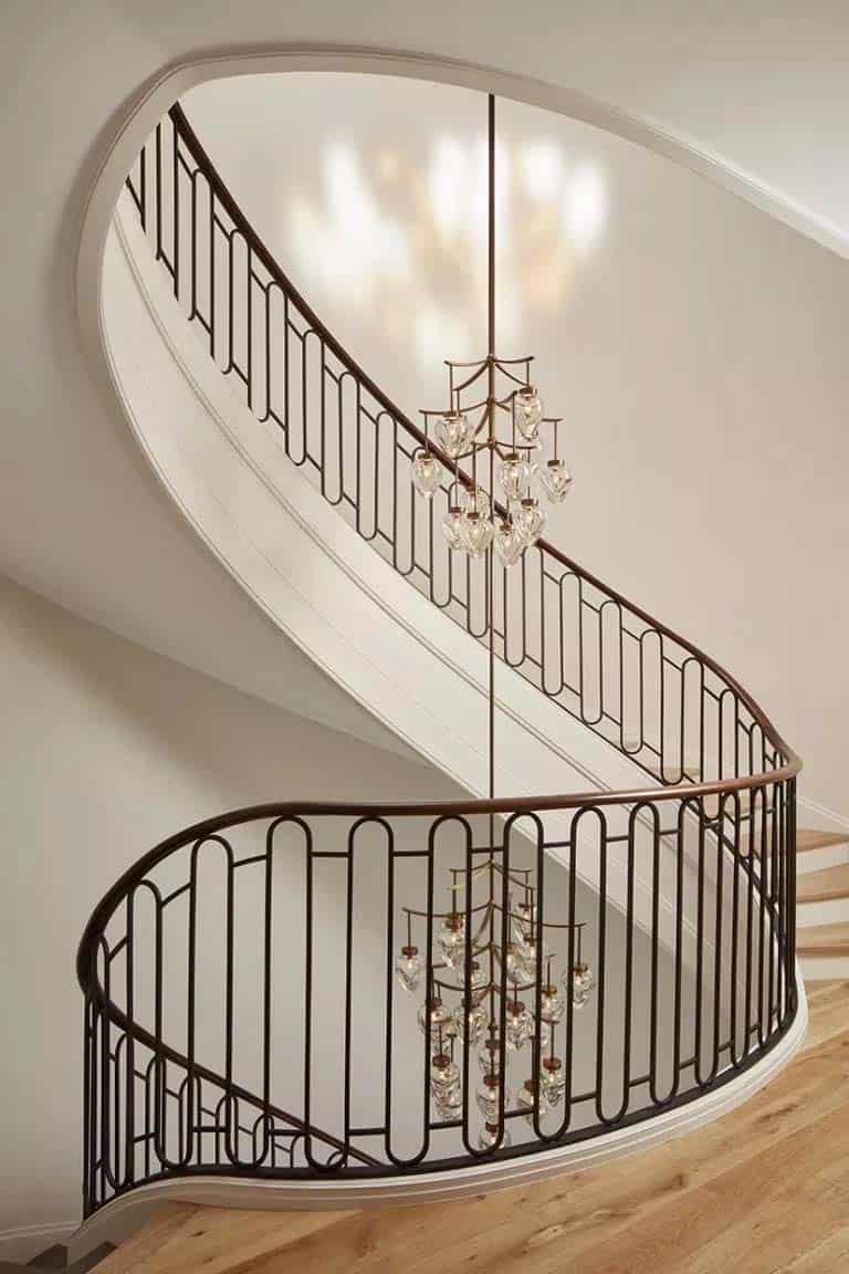 transitional-traditional-staircase-lincoln-park