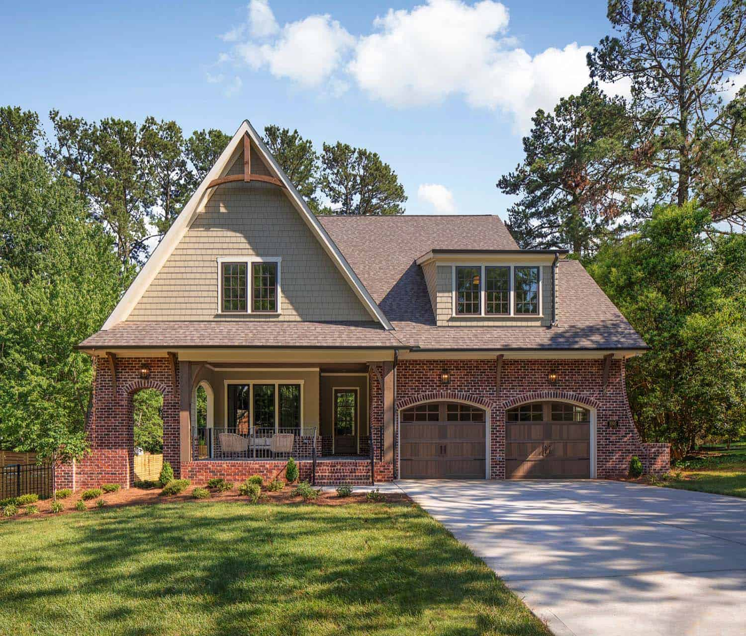 Beautiful Euro-Craftsman home with charming details in ...