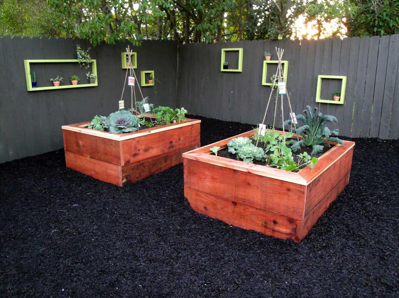 inspiring-vegetable-garden-ideas-cedar-raised-beds-with-a-gray-fence