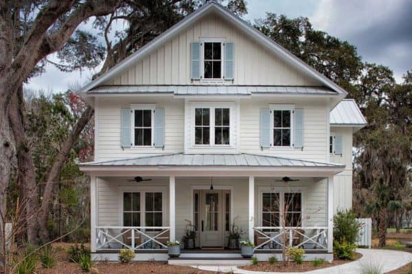 featured posts image for Dreamy board and batten seaside cottage on Daufuskie Island, SC