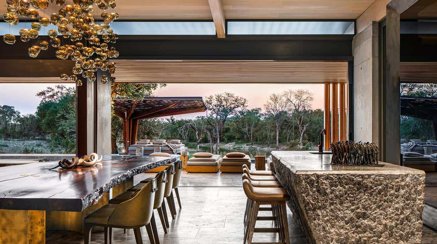 cheetah-plains-game-lodge-dining-room