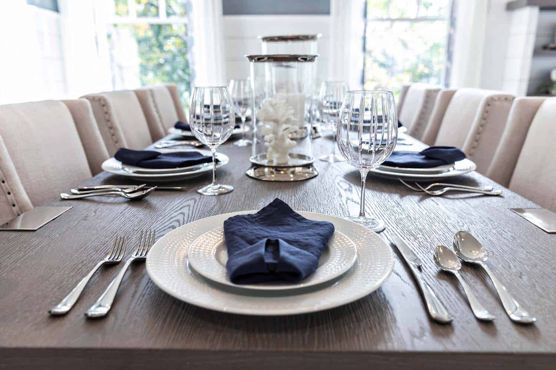 cottage-craftsman-dining-room