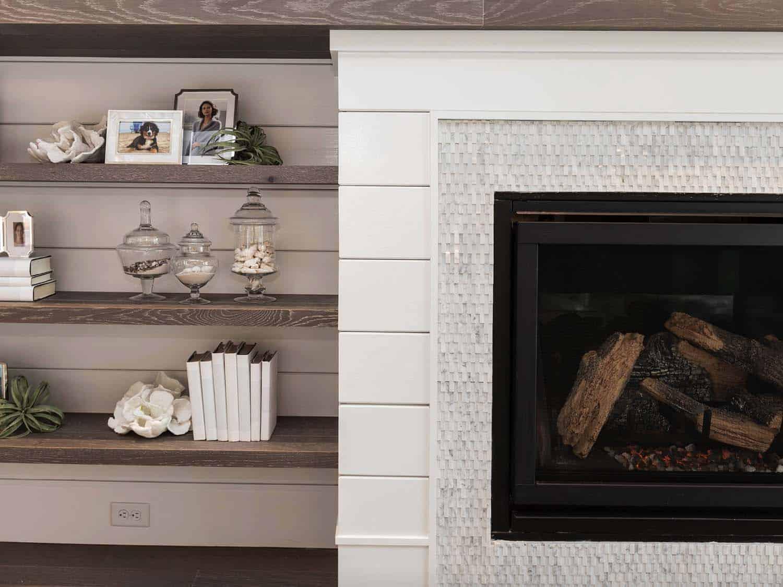 cottage-craftsman-living-room-fireplace-detail
