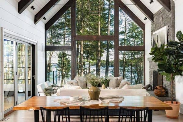 featured posts image for A dreamy cottage nestled on beautiful Lake Muskoka, Canada