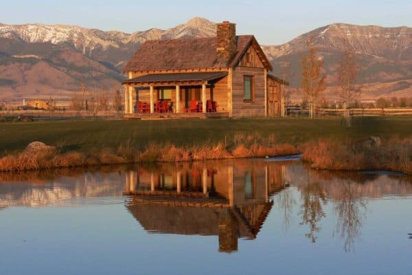 featured posts image for Cozy rustic cabin retreat with a backdrop of the Bridger Mountains