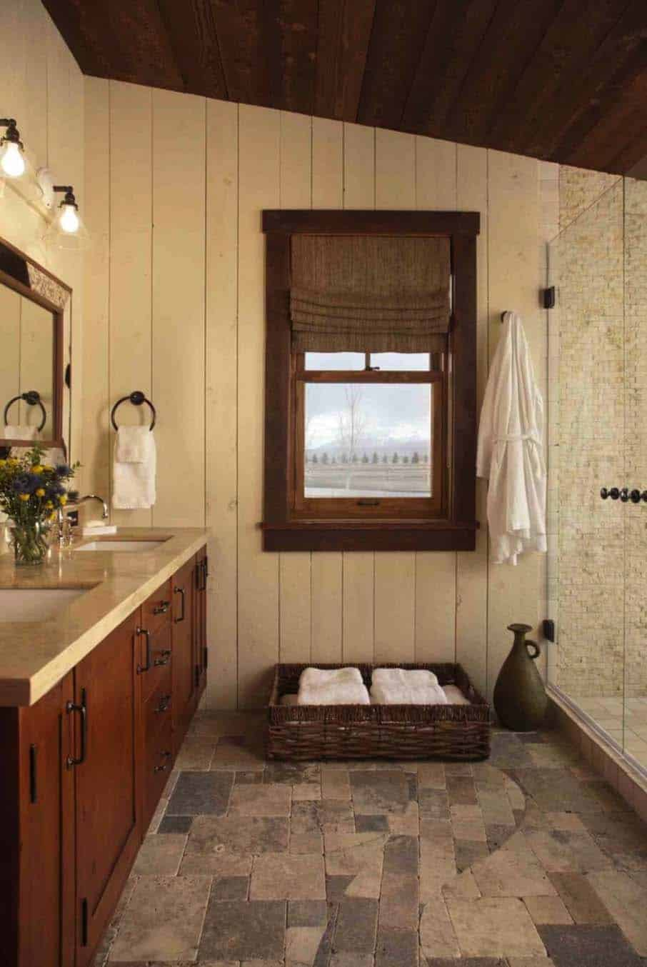 family-cabin-retreat-rustic-bathroom