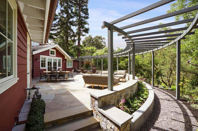 farmhouse-barn-red-exterior-deck