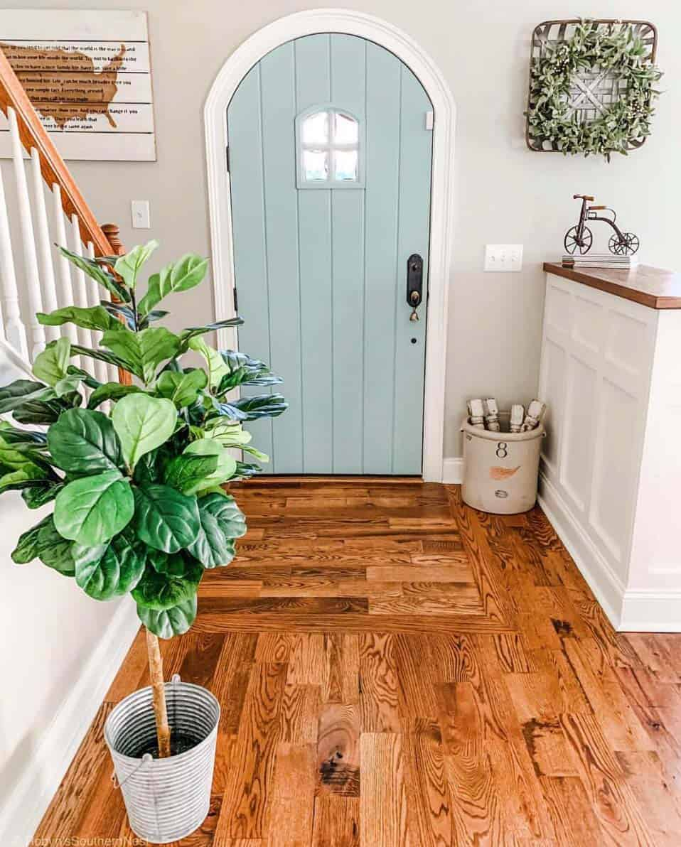 farmhouse-entryway-decorating-ideas