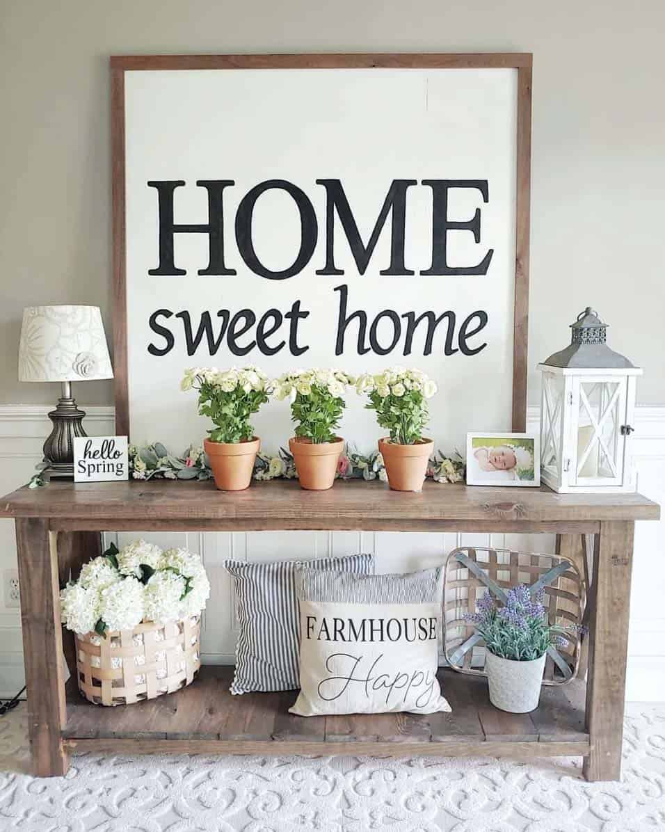 28 Cozy And Inviting Farmhouse Entryway Decorating Ideas