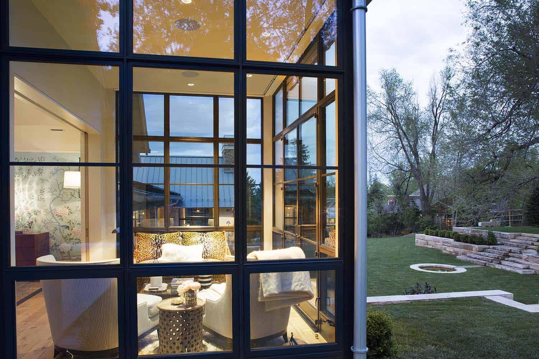 farmhouse-style-home-exterior