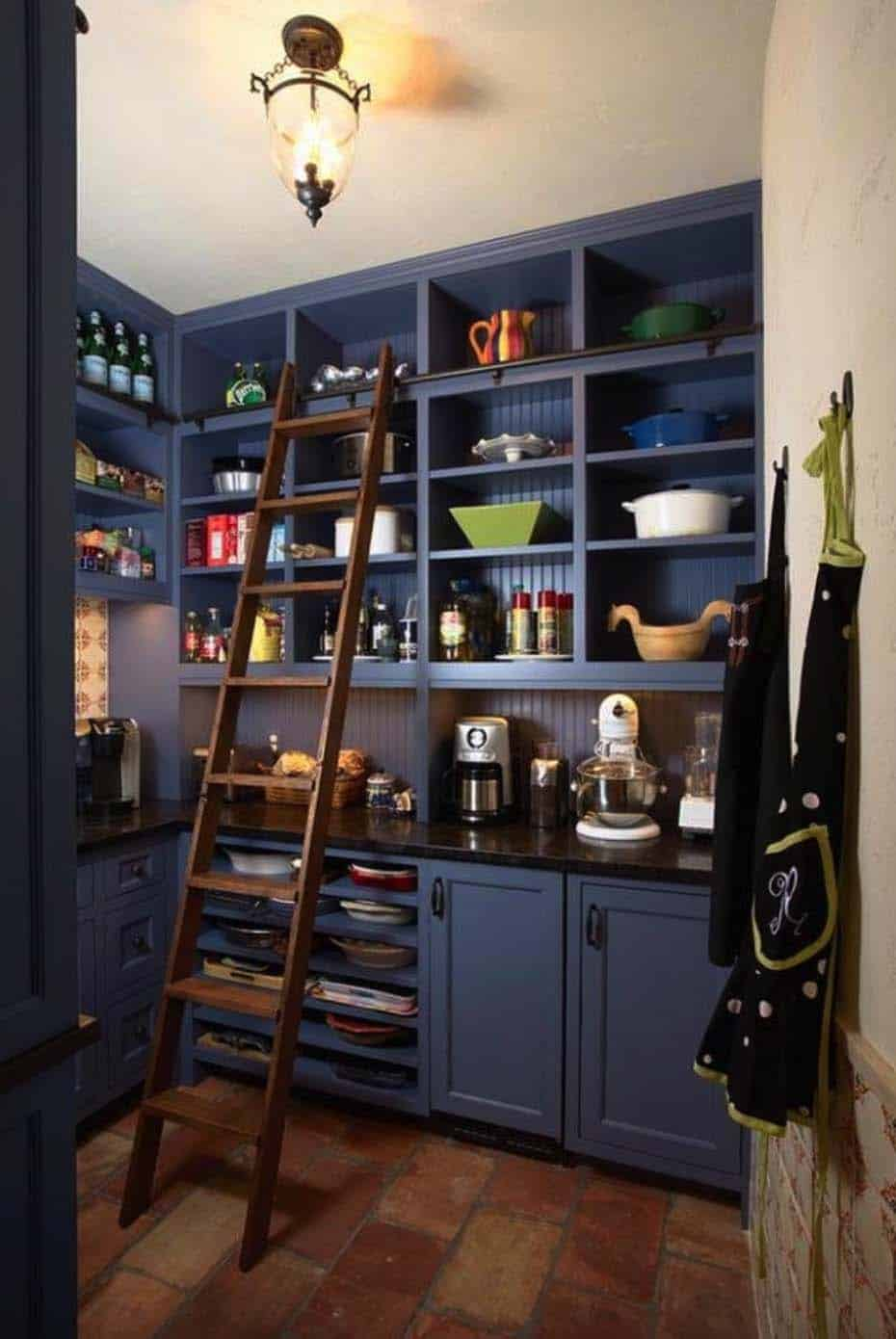 20 Clever Farmhouse Style Kitchen Pantry Ideas For