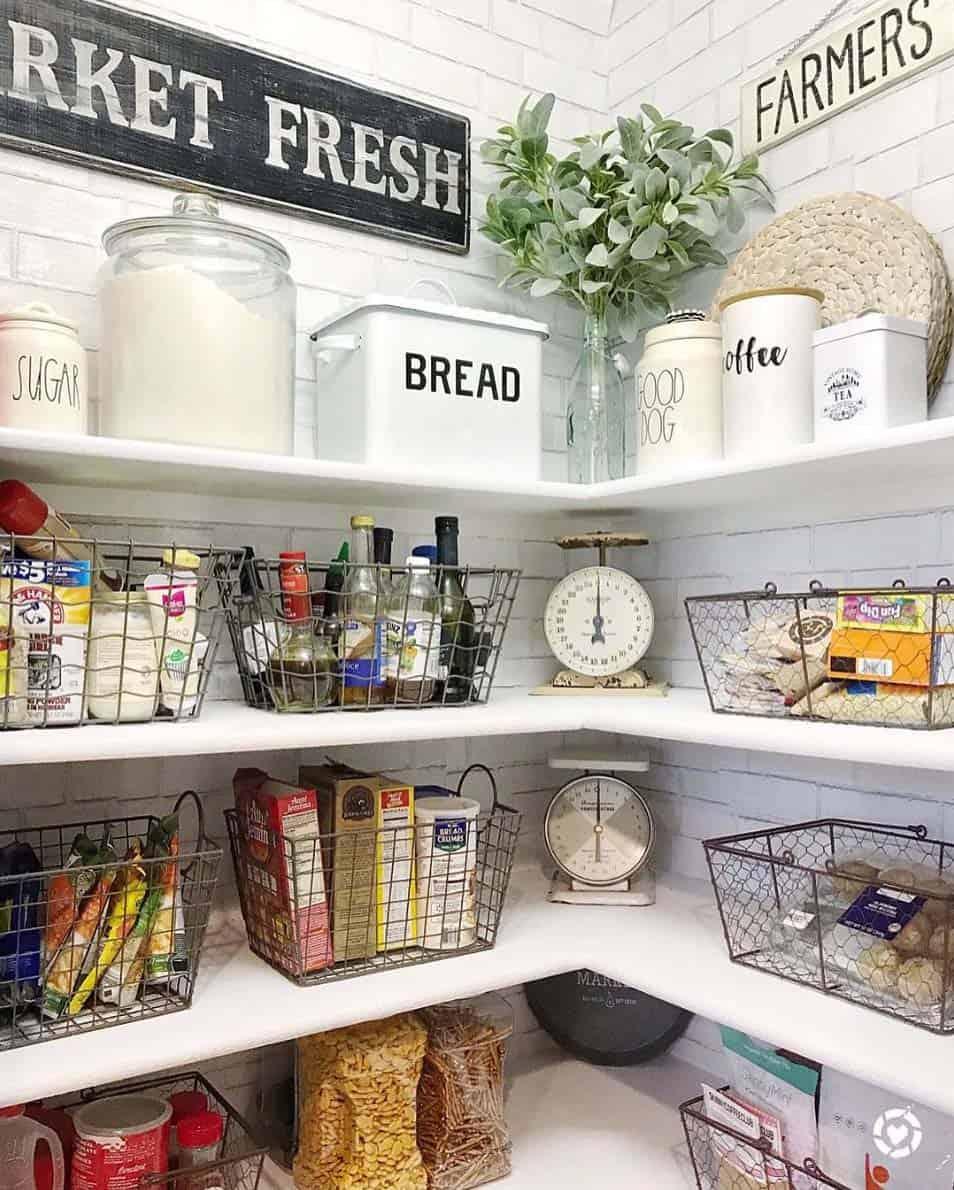 farmhouse-style-kitchen-pantry-ideas